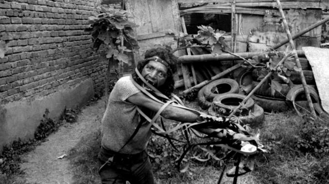 Agarrando Pueblo (Carlos Mayolo e Luis Ospina, 1977)